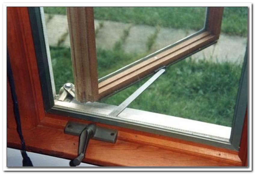 Fenster Nach Au?En ?Ffnend