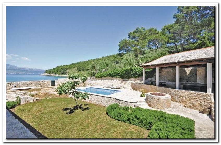 Ferienhaus Mit Garten Und Hund Kroatien