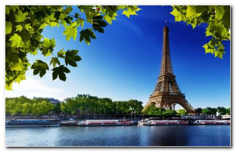 France River & Eiffel Tower HD Wallpaper
