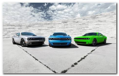 From Left To Right 2015 Dodge Challenger 392 HEMI? Scat Pack S
