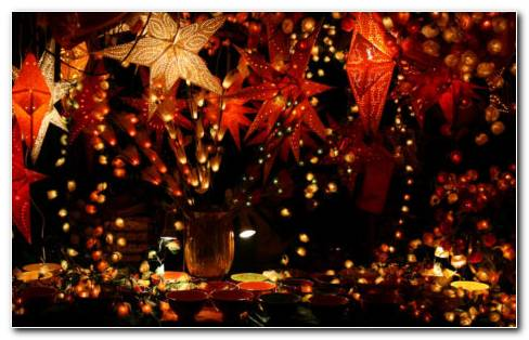 Garland Decorations HD Wallpaper