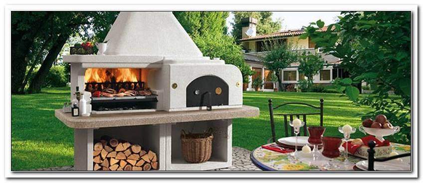 Gemauerter Ofen Im Garten