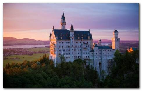 German Castle HD Wallpaper
