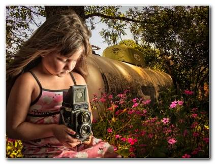 Girl Camera Flowers Tank Minolta Wallpaper