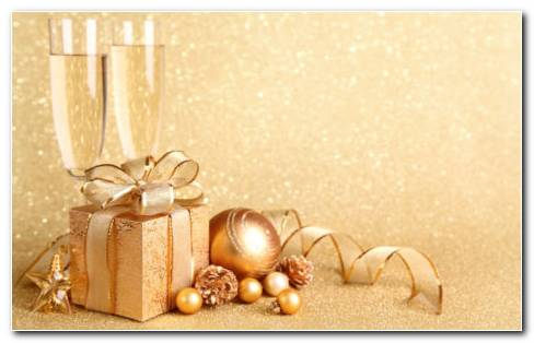 Golden Gifts HD Wallpaper