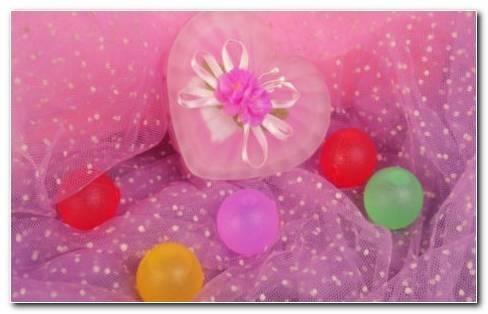 Heart balloons HD wallpaper