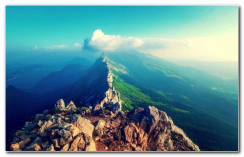 High Green Mountains HD Wallpaper