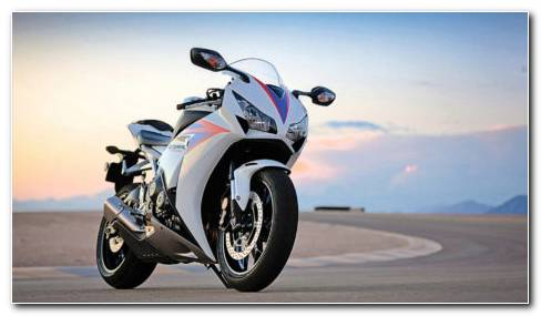 Honda CBR1000RR Bike HD Wallpaper