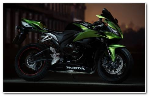 Honda CBR600RR HD wallpaper
