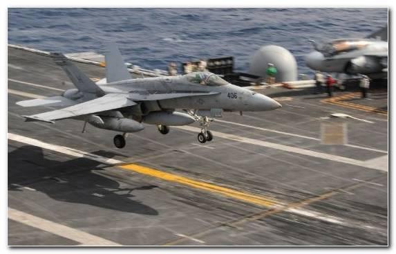 Image Boeing F A 18E F Super Hornet Aircraft Landing Military Aircraft Grumman F 14 Tomcat