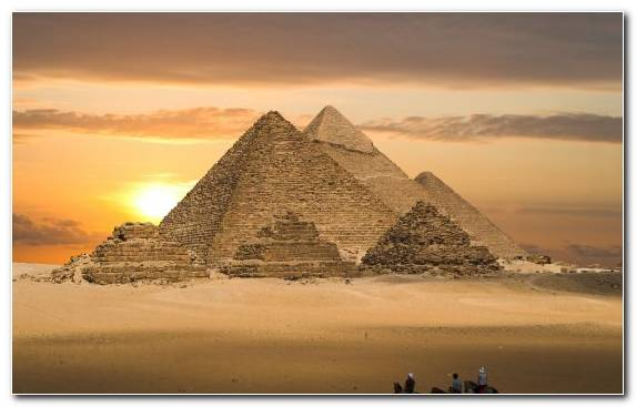 Image Egyptian Pyramids Sky Wonders Of The World Monument Great Pyramid Of Giza