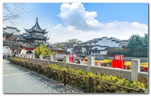 Image Nanjing Road Temple Chinese Architecture Historic Site Tourist Attraction