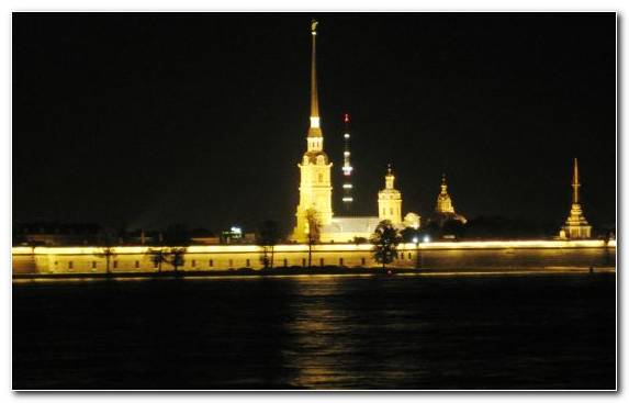 Image Peter And Paul Fortress River Evening Darkness Bungee Jumping