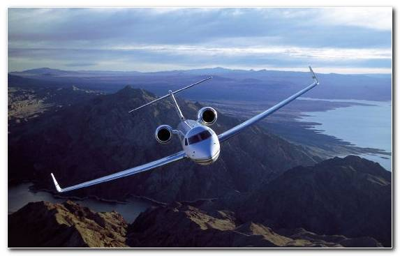Image Aerospace Engineering Aviation Flight Mountain Range Business Jet