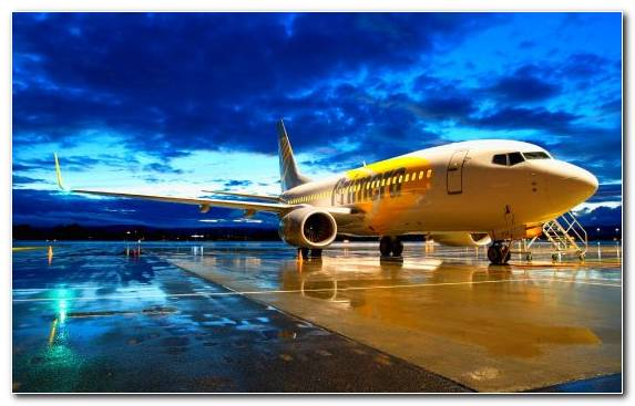 Image Airline Aerospace Engineering Boeing 737 Narrow Body Aircraft Air Travel