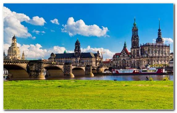 Image Berlin Jigsaw Puzzles Dresden River City