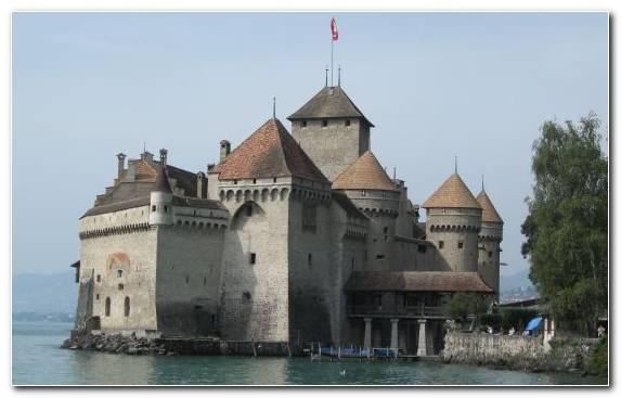 Image Building Historic Site Tours Montreux Turret