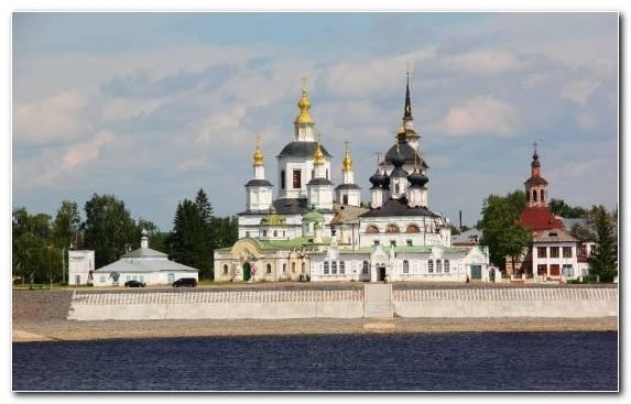 Image building tourism place of worship tourist attraction historic site