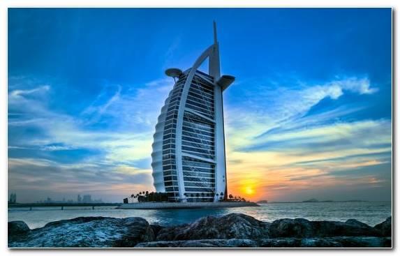 Image Calm Tranquillity Madinat Jumeirah Horizon Tower