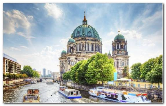 Image Cathedral Travel Hotel Tourist Attraction Waterway