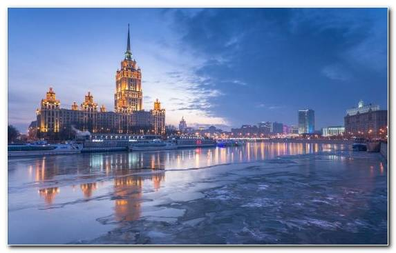 Image cityscape skyline waterway reflection tower