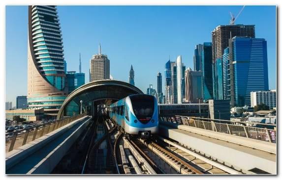 Image Dubai Public Transport Skyscraper Runway Horizon