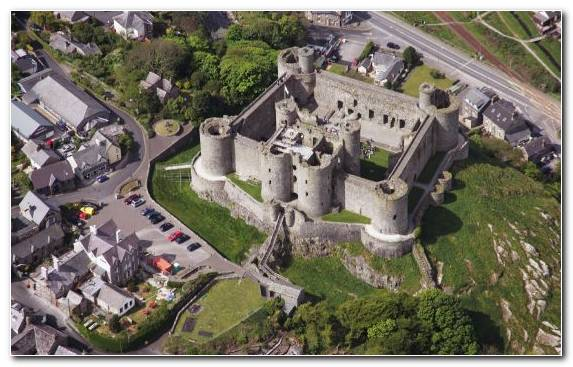 Image historic site castle farmhouse medieval architecture birds eye view