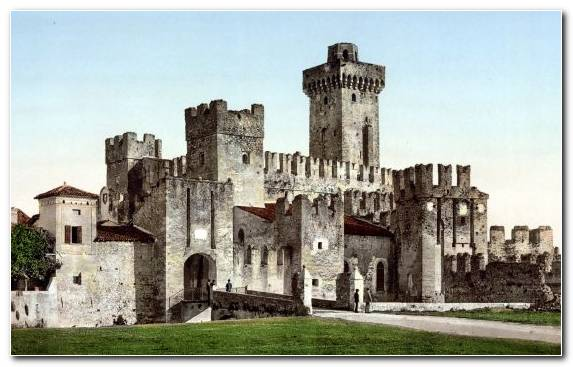 Image Lake Castle Historic Site Lake Garda History