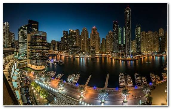 Image Landmark Capital City Dubai Marina Building Night
