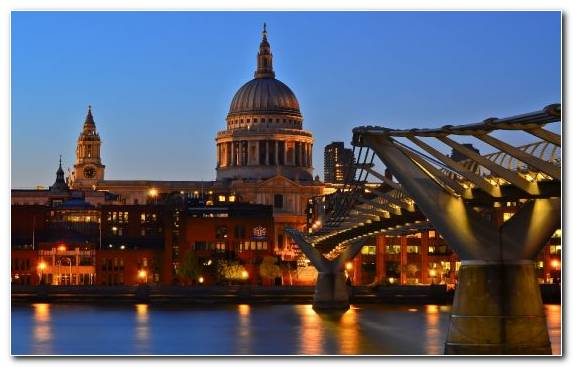 Image landmark cityscape St Pauls Cathedral Millennium Bridge London basilica