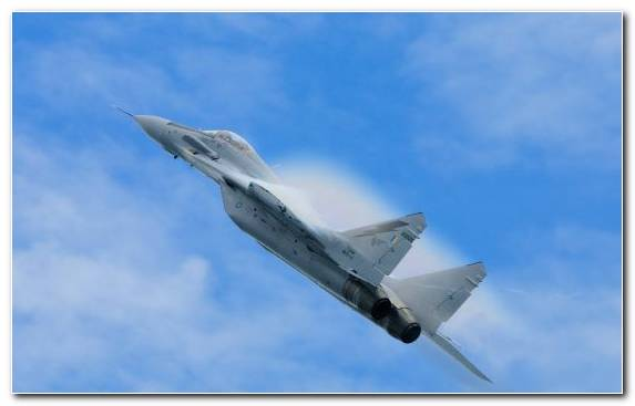 Image Lockheed Martin F 22 Raptor Flight Dassault Mirage 2000 Military Aircraft Airplane
