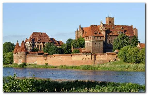 Image Medieval Architecture Stately Home Malbork Castle Historic Site Waterway