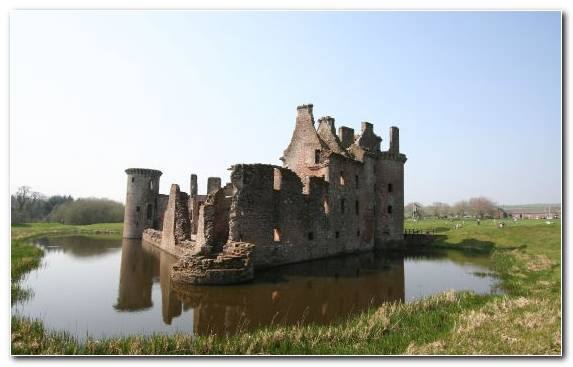 Image Middle Ages Tours Water Castle Moat Fortification