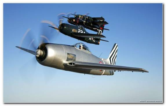 Image Military Aircraft Airplane Grumman F8f Bearcat North American P 51 Mustang Jet Aircraft