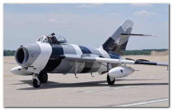 Image Military Aircraft Mikoyan Gurevich Mig 17 Air Force Aviation Mikoyan Mig 35