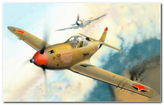 Image Monoplane Bell P 39 Airacobra Supermarine Spitfire Curtiss P 40 Warhawk Aviation
