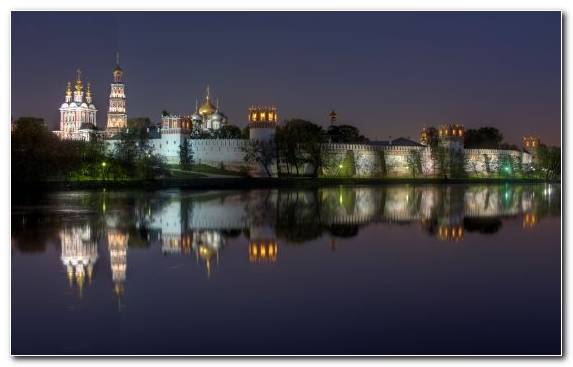 Image Moscow Kremlin River Reflection Evening Monastery