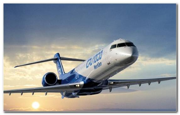 Image Narrow Body Aircraft Bombardier CRJ200 Air Travel Aerospace Engineering Airline