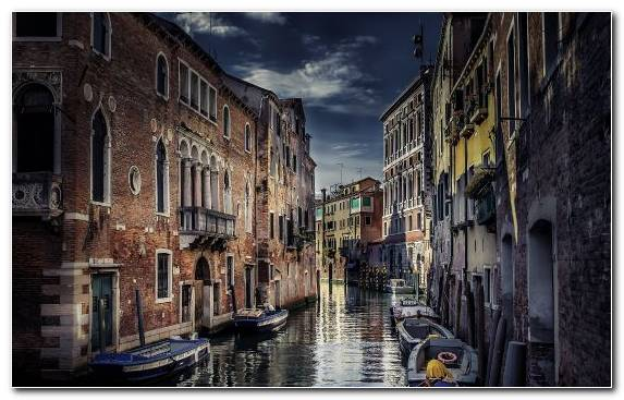 Image Neighbourhood Sky Waterway Alley Gondola