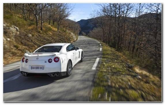Image Nissan Skyline Gt R Road Supercar Nissan Skyline Gtr Nissan Gt R