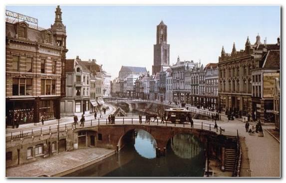 Image Plaza City Canal Metropolis Capital City