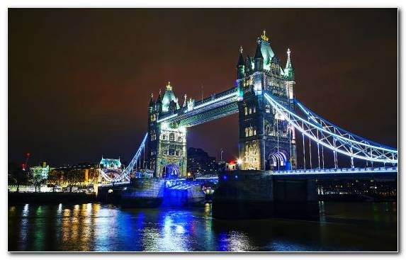 Image reflection landmark capital city london bridge night
