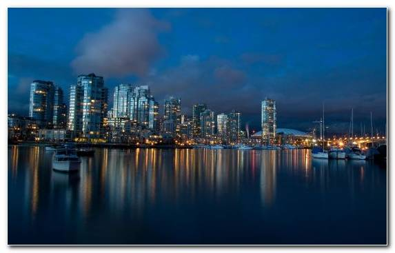 Image Reflection Skyline City Waterway Cityscape