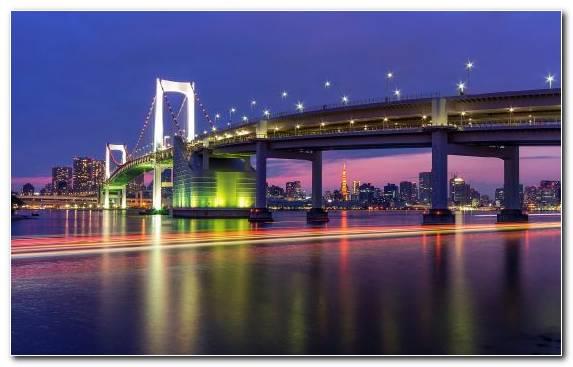 Image reflection television city cityscape bridge