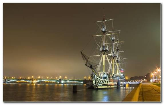 Image Ship Of The Line Tall Ship Fluyt East Indiaman Ship