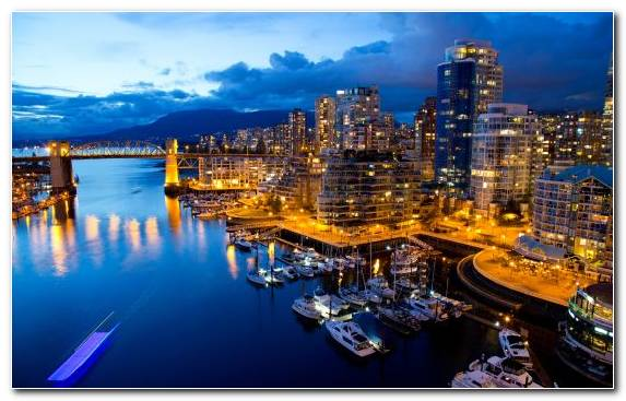 Image tourist attraction metropolis cityscape skyline marina