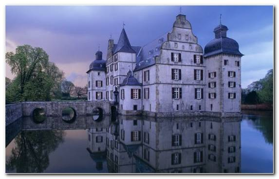 Image Tourist Attraction Waterway Estate Water Castle Reflection