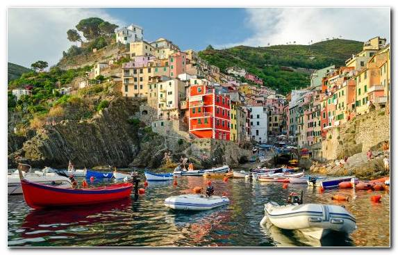 Image Town Water Transportation Riomaggiore Tourism Waterway