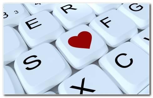 Keyboard Computer Love Heart Wallpaper