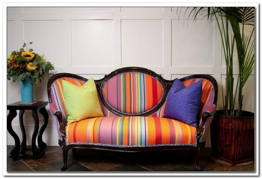 Kleines Buntes Sofa